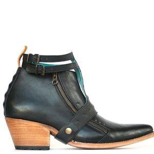 PSKaufman FREEWAY Black Ankle Zip Boot w/ Harness